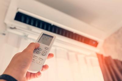 Klimaanlage und Solarenergie passt gut zusammen (Foto: Shutterstock)